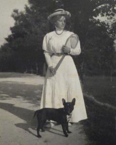 Teresa playing tennis, 1908.