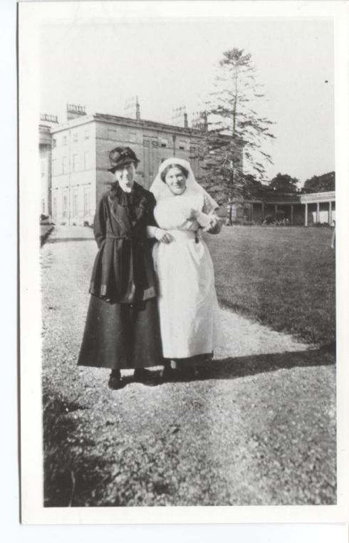 Mrs Van Bergen (left) and a nurse at Attingham Park during WWI