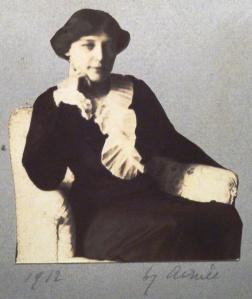 Teresa Hulton in 1912.