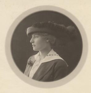 Teresa Hulton, 1913.