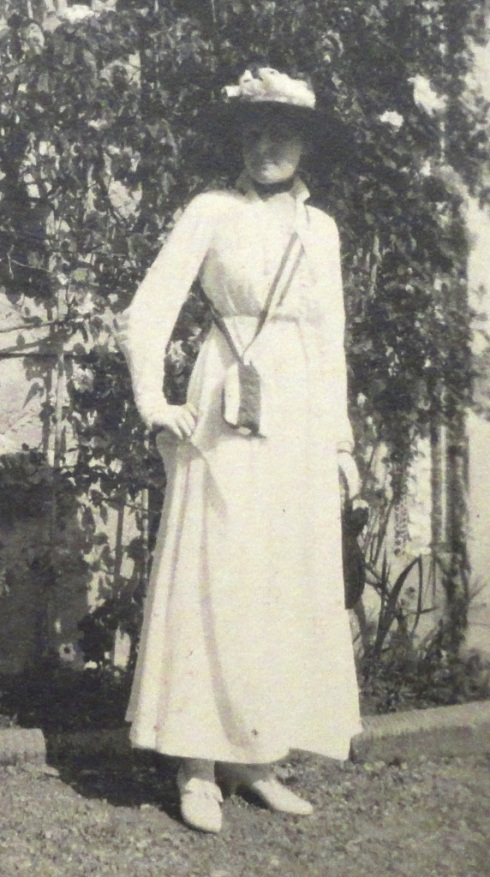 Teresa at the Villa Medici, May 1916, during the Maggiolata festival.
